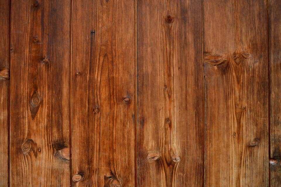 Traitement du bois, comment dégriser le bois de la terrasse et de la façade ?
