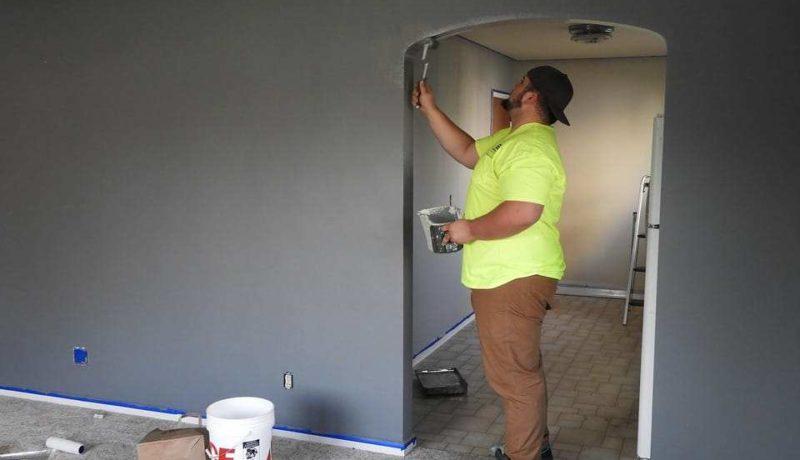 travaux-peinture-mur-maison