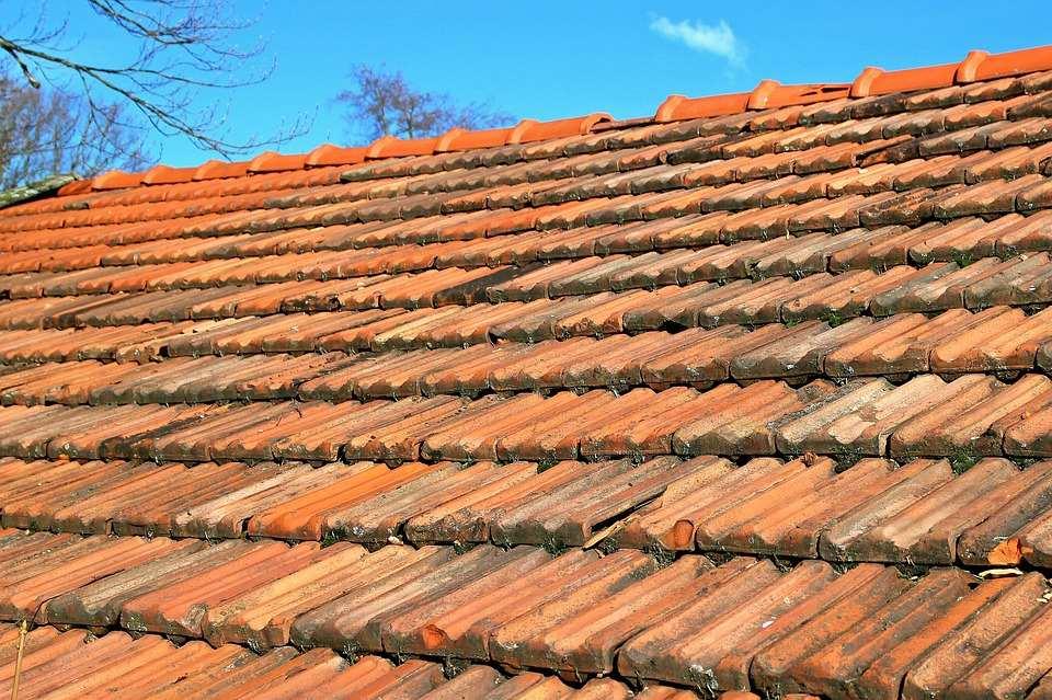 Comment savoir si votre toiture a besoin d'être rénovée