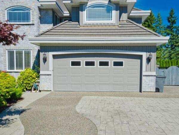 Quelle est la dimension idéale pour une fenêtre de garage?